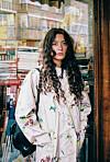 STYLIST: På kun få år har 26 år gamle Sunniva Hartgen utmerket seg i stylistbransjen. Gjennom jobben ønsker hun å formidle «det tilfeldige» i livet. FOTO: Jonathan Vivaas Kise